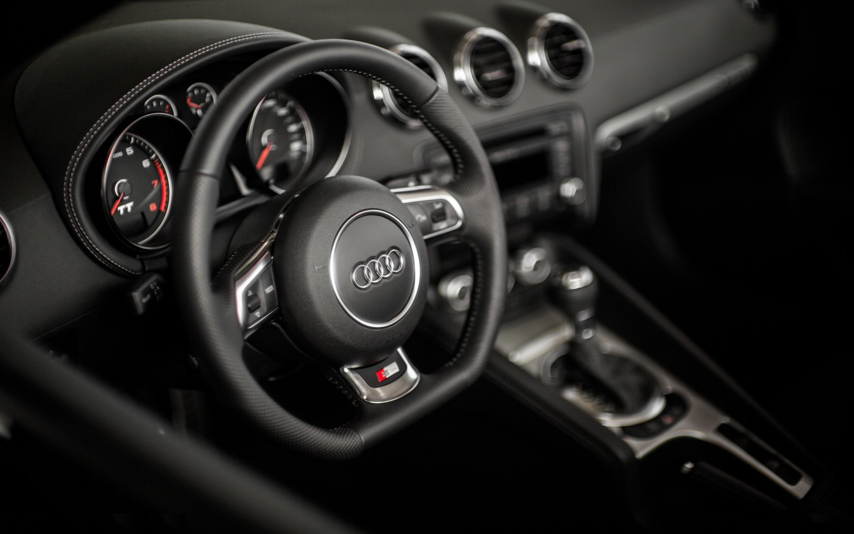 audi_tt_s_line_interior-wallpaper-1680x1050.jpg