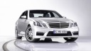 mercedes benz e63 amg-wallpaper-1600x900
