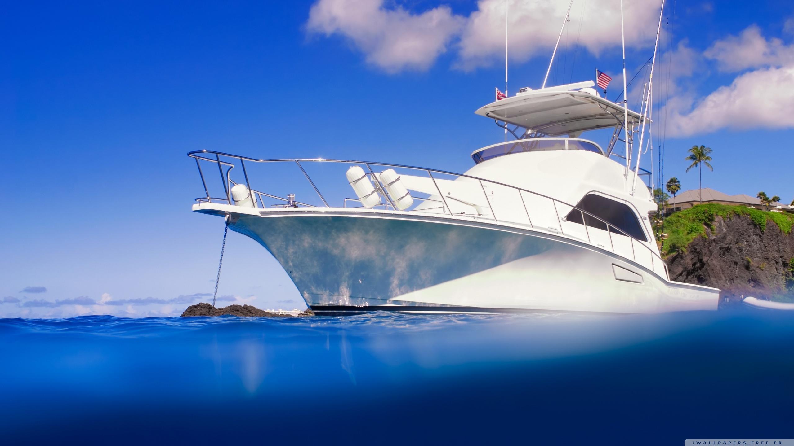 Yacht Clear Blue Ocean Wallpaper 2560x1440 10 000 Fonds D