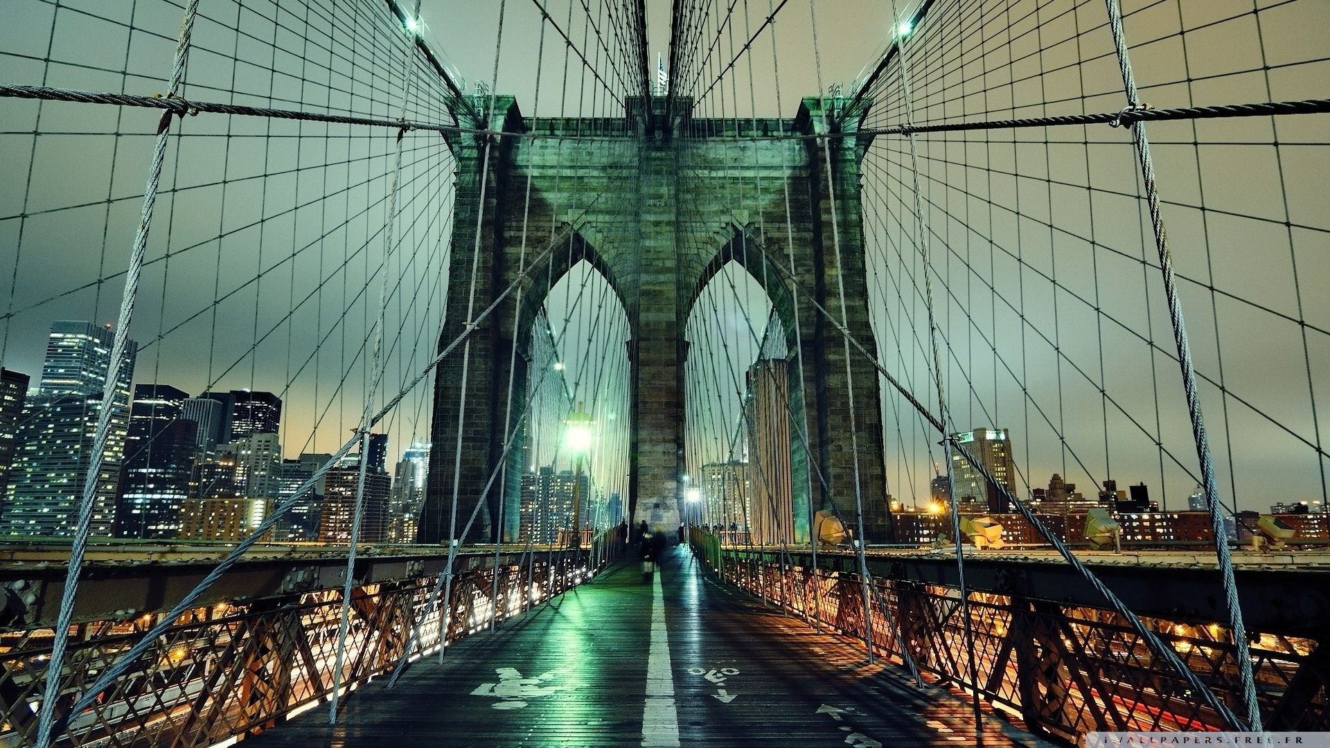 brooklyn_bridge_at_night_2-wallpaper-1920x1080.jpg